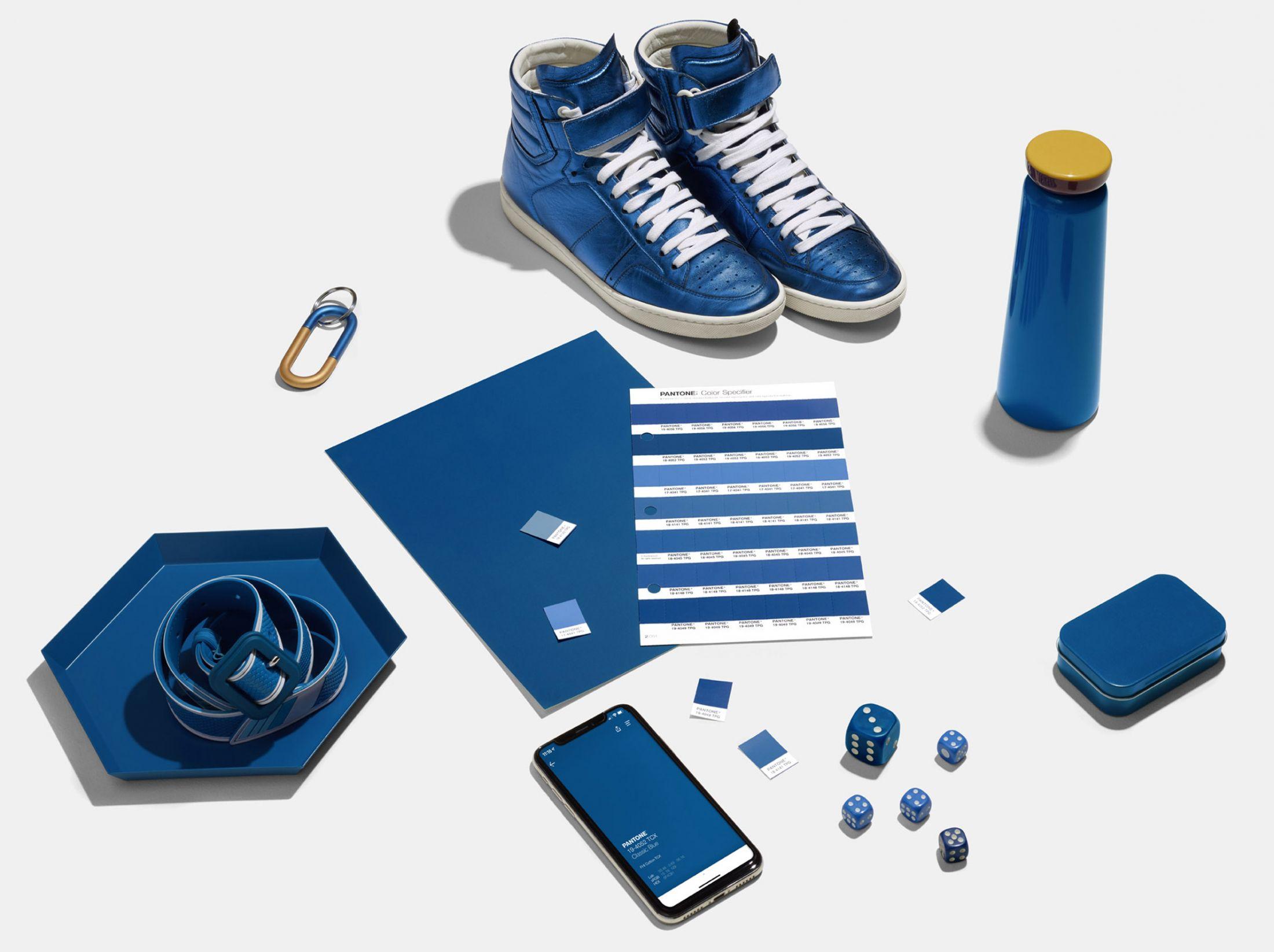 pantone kolor roku 2020 classic blue