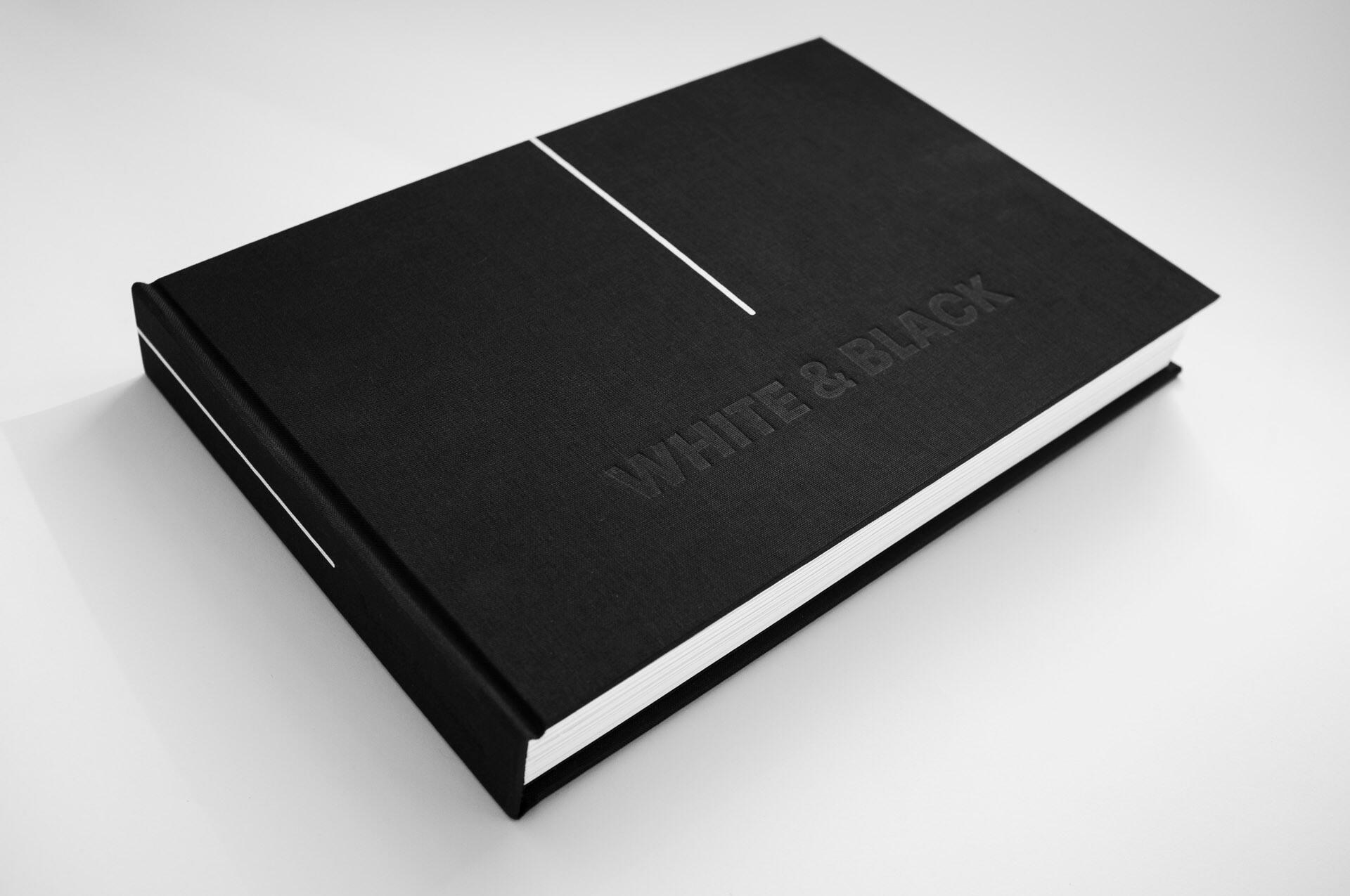 """Dobosz.studio """"White & Black"""""""