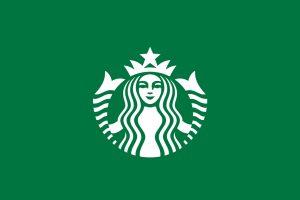 10 lat temu starbucks zaprezentował odświeżone logo